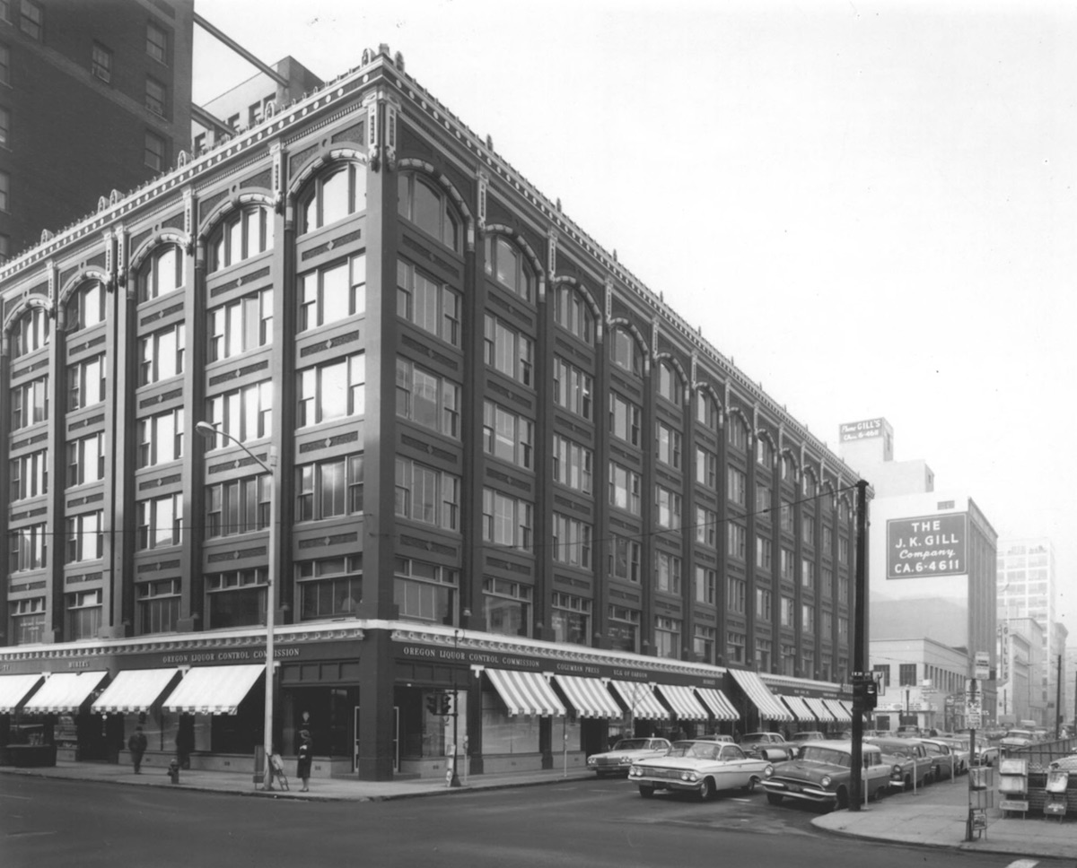 The Oregon Pioneer Building in 1979